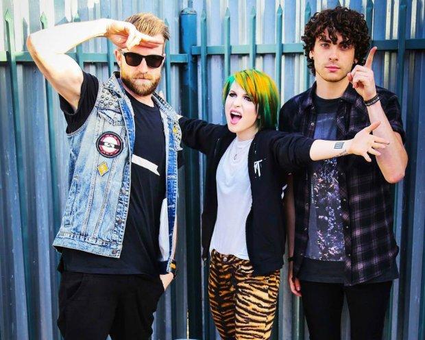 Jeremy Davis opuścił Paramore i uczynił zespół duetem.