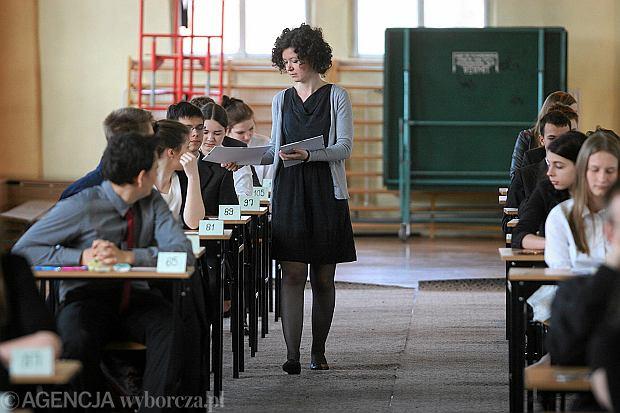 Egzamin gimnazjalny 2013. Mamy arkusze i przyk�adowe odpowiedzi egzaminu gimnazjalnego z polskiego, WOS-u i historii