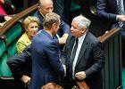 PiS zobowiązuje Szydło do niepopierania Tuska na szefa Rady Europejskiej. Chwilę później MSZ ogłasza, że polskim kandydatem na szefa RE jest Saryusz-Wolski, a PO wyklucza go z szeregów partii
