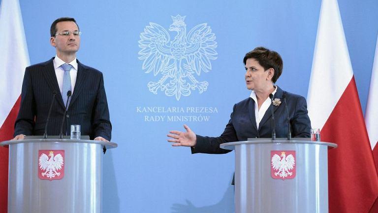 Premier Beata Szydło i minister finansów Mateusz Morawiecki