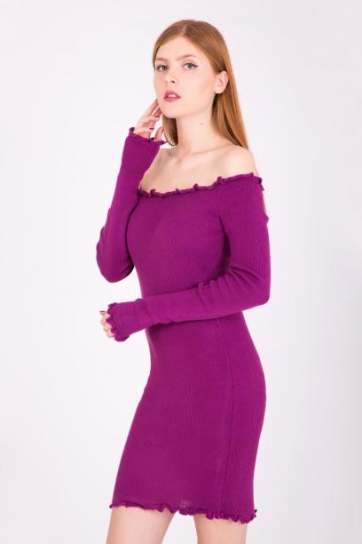 89cae1bd33 Miękka sukienka tunika falbanka przy otwartym dekolcie - Fiolet
