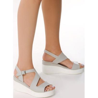 afcd4214ebbbb Sandały dla dojrzałych kobiet. Modele na co dzień i na wielkie wyjścia