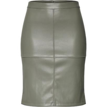 cf27b00c Skórzane spódnice to świetny wybór na jesień. Odważny kolor w stylu ...