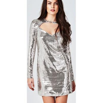 0747bea2 Cekiny: skąd się wzięły i dlaczego znowu są modne? Cekinowe sukienki ...