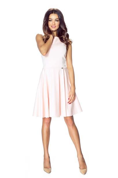 51c35da5a5 03-09 Lucia – sukienka z francuskim cięciem i spódnicą z koła (pastel róż