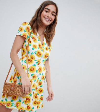 085068a26e Sukienki w kwiaty  wybrałyśmy najpiękniejsze modele