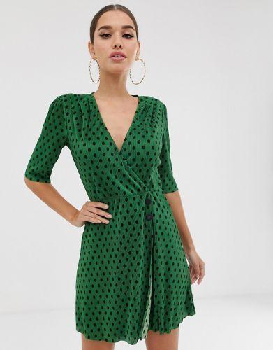 a1c60d11bf Szmaragdowa sukienka to ponadczasowy hit! Odkryj najpiękniejsze ...