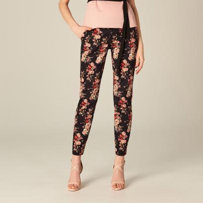 baccc9a5 Spodnie w kwiaty - wyróżnij się z tłumu!
