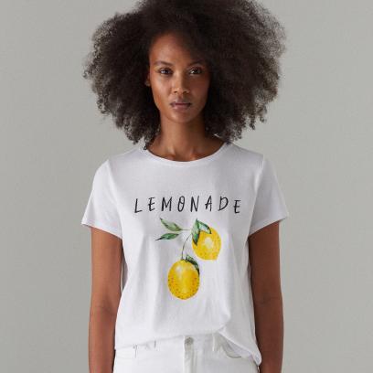 4e637df92 T-shirt z napisami. Co mówi o tobie twoja bluzka? Wyraź siebie za ...