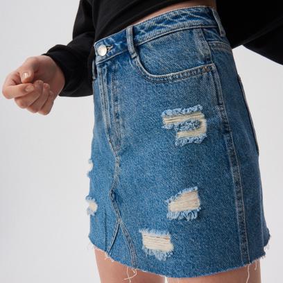 636460f70c0710 Spódnica jeansowa - dla kogo i do czego? Najmodniejsze fasony i ...