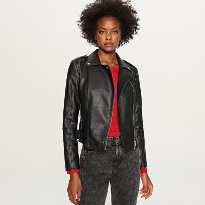 dbd7c950057e6 Ramoneska to ponadczasowa kurtka. Znalazłyśmy piękne modele ze skóry ...