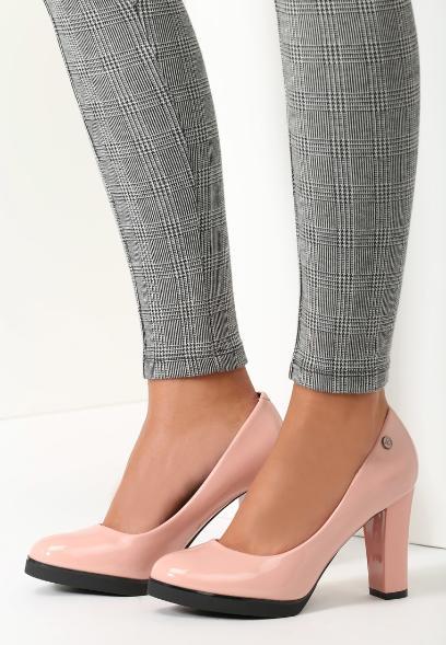 1e54a15499056 Gwiazdy kochają drogie buty. Znaleźliśmy podobne, ale dużo tańsze ...