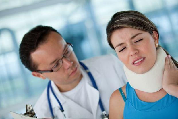 B�l szyi po��czony z ograniczeniem ruchu? Nie mo�na wyklucza� zwyrodnienia