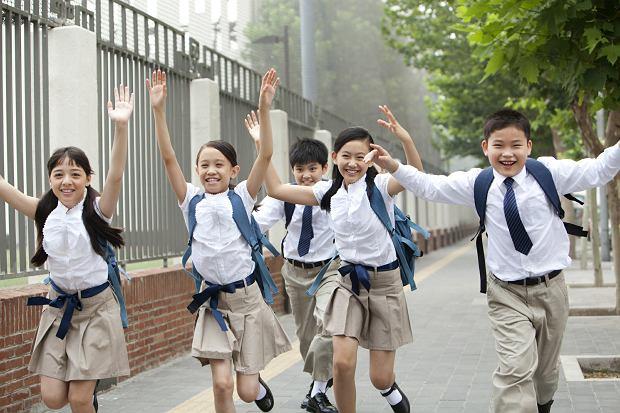 Chińskie dzieci uczą się nawet nocą. Jak Polka została Amerykanką w Chinach