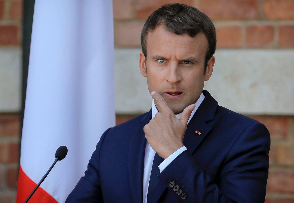Emmanuel Macron podczas wizyty w Rumunii.