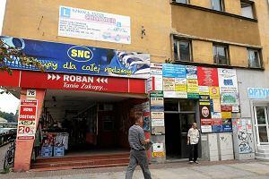 """Budynek z Kielc robi furor� w internecie. """"Szpetota w pigu�ce"""""""