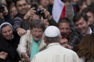 Papie� odprawia w polskim ko�ciele msz� dzi�kczynn� za kanonizacj�