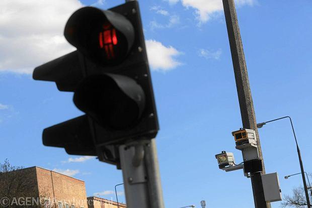Straż miejska ma nową broń na kierowców: kamery czułe na czerwone
