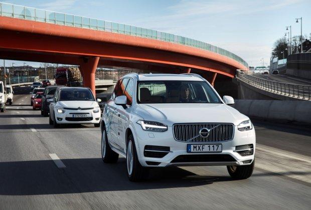 Autonomiczne Volvo ruszają na drogi Wielkiej Brytanii