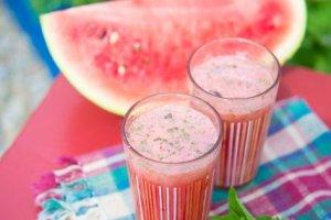 Arbuz i truskawka czyli naturalny nap�j gazowany