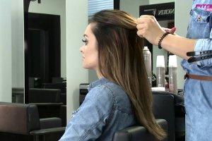 Jak zrobić fryzurę w stylu Kourtney Kardashian