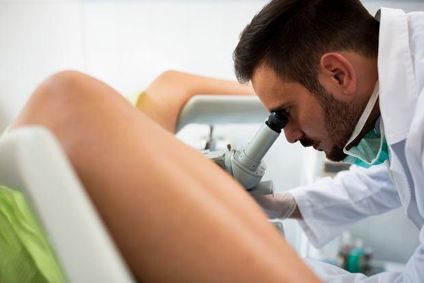 Rak macicy: jakie objawy, diagnozowanie, sposoby leczenia
