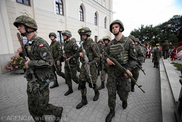 Zdjęcie numer 7 w galerii - Wojskowe pojazdy i broń. Legia Akademicka jedzie na Anakondę [ZDJĘCIA]
