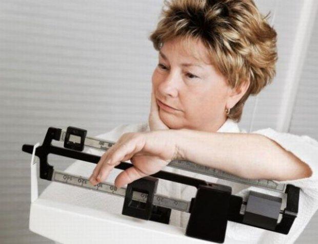 Nadchodzi menopauza? Uwa�aj, co jesz! Coraz �atwiej przyty�, coraz trudniej zrzuci�