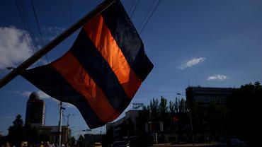 Donieck. Prorosyjscy mieszkańcy wyszli na ulie, by protestować przeciwko wyborom