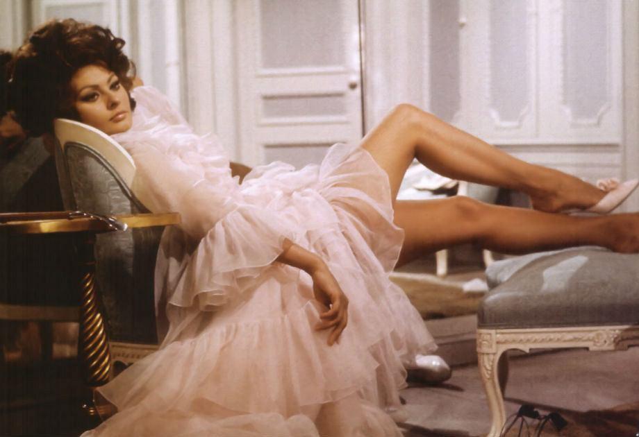 Sophia Loren - styl, sukienki