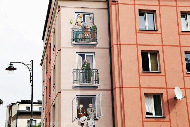 Zwiedzanie na danie pierwszy szlak zamenhofa przetarty for Mural bialystok dziewczynka z konewka