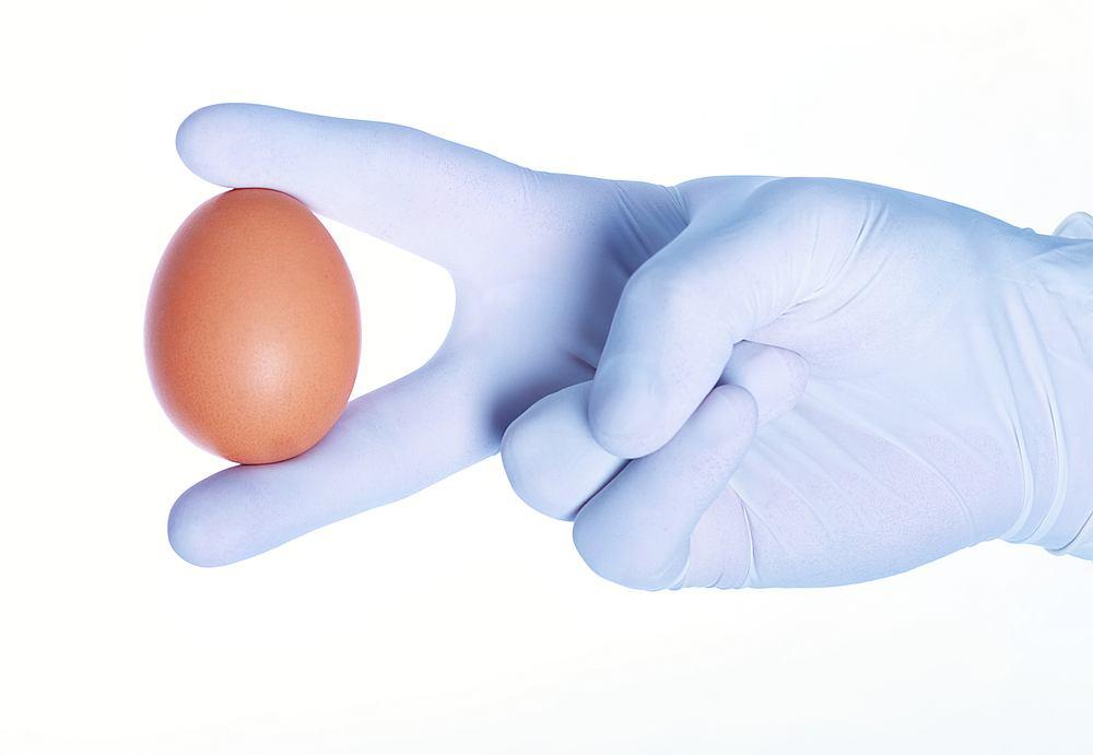 Uwaga na surowe jajka.