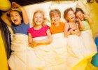 Pierwszy samodzielny wyjazd dziecka: co warto wiedzie�?