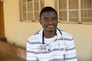 Nie �yje lekarz zara�ony wirusem ebola w Sierra Leone. Zmar� w szpitalu w stanie Nebraska
