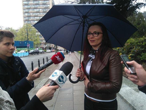 """Sejm nie dla """"zdrajców małżeńskich"""" i kawalerów. Ale była żona posła PiS przewiduje też wyjątek"""