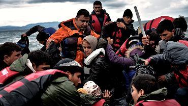 Uchodźcy na wyspie Lesbos w Grecji.
