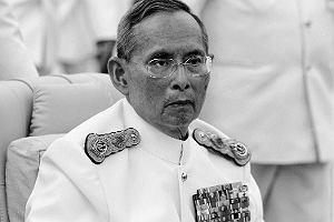 Tajlandia opłakuje zmarłego króla