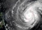 Tajfun Maysak dotar� do Filipin, ale jest mniej niebezpieczny, ni� przewidywano