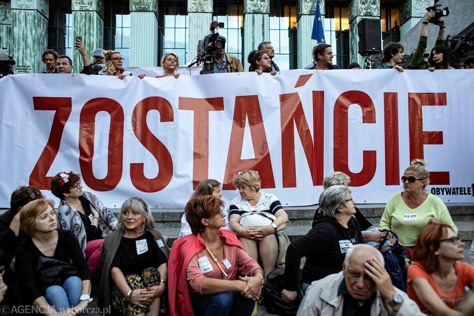 Protest w Warszawie w obronie Sądu Najwyższego, 3 lipca 2018.