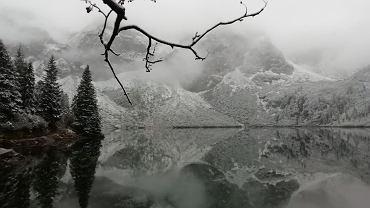 Zima nad Morskim Okiem w Tatrach