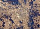 Mi�dzynarodowa Stacja Kosmiczna opublikowa�a zdj�cie Warszawy w wiosennym s�o�cu