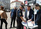 """""""Bruski chce uchodźców"""" głównym przekazem inicjatorów referendum"""