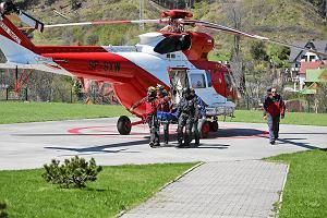 �miertelny wypadek na Rysach. �mig�owiec TOPR w akcji