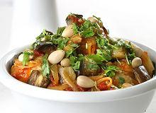 Kurczak po marokańsku z warzywami i migdałami - ugotuj