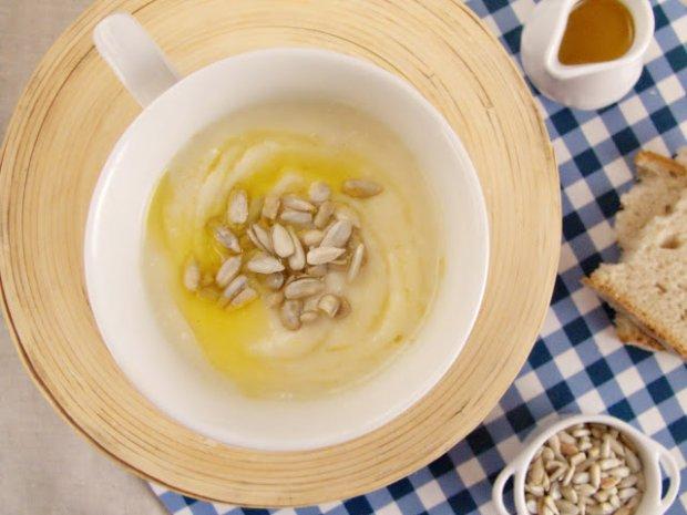 Aromatyczne menu dnia z prostym deserem