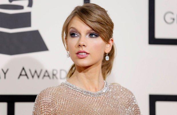 """Do sieci trafił cover piosenki """"Riptide"""" Vance'a Joya w wykonaniu Taylor Swift."""