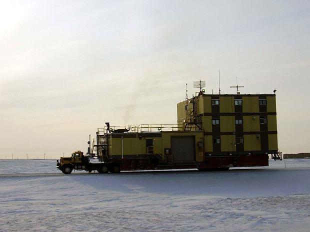 Alaskas Extreme Machines