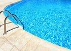 Na basenach boją się łuszczycy