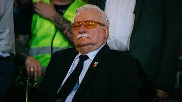 Prezydent Lech Wałęsa podczas mszy z okazji obchodów 37. rocznicy Porozumień Sierpniowych