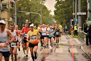 Czy maratony paraliżują miasto? Radny PiS: Sam lubię biegać, ale nie po ulicach. Burmistrz Mokotowa: Reklamują miasto, propagują zdrowy styl życia